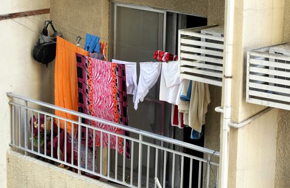 Melita Apart Hotel Bedroom Balcony With Washing Line