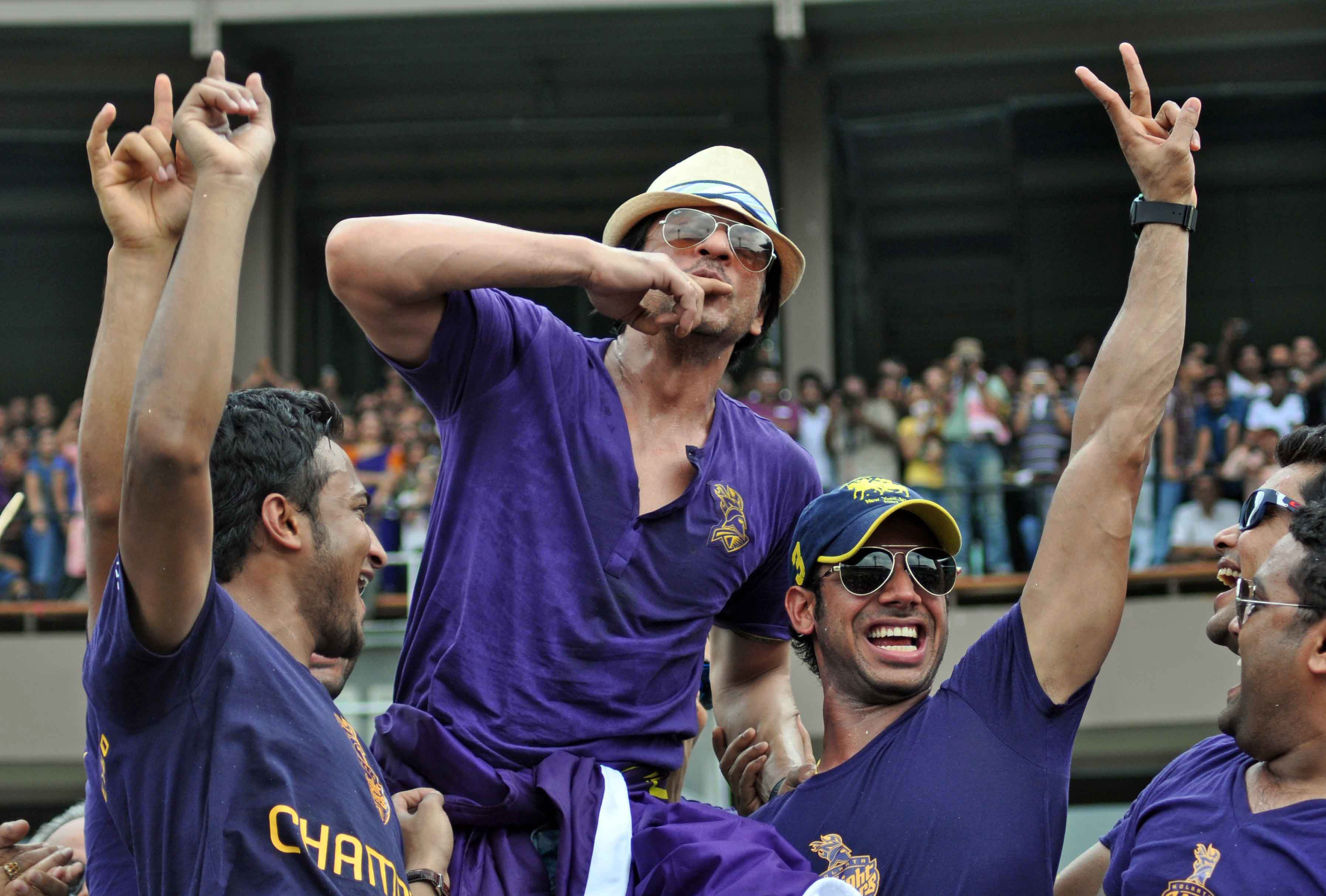 Image result for kolkata knight riders with srk