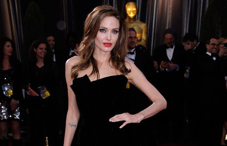 Angelina Jolie at 37 doesn't look her age - Emirates24|7