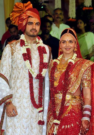 Just Married Esha Deol And Bharat Takhtani