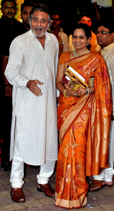 Indian Bollywood Actor Dharmendra Attends The Wedding Of Actress Esha Deol With Bharat Takhtani In Mumbai Afp