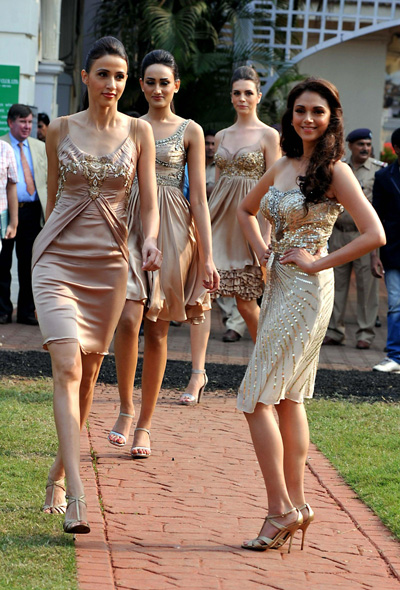 Aditi Rao Hydar (R) walks during a fashion event in Mumbai. (AFP)