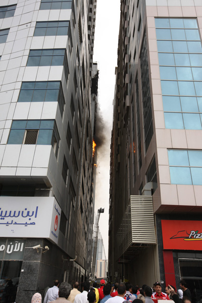 Sharjah Al Hafeet Tower Fire Three Arrested Emirates24 7