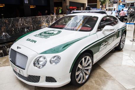 DUBAI HAS THE FINEST & FASTEST POLICE CARS ON EARTH