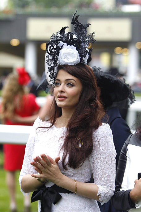 Aishwarya rai indian baby doll - 2 3