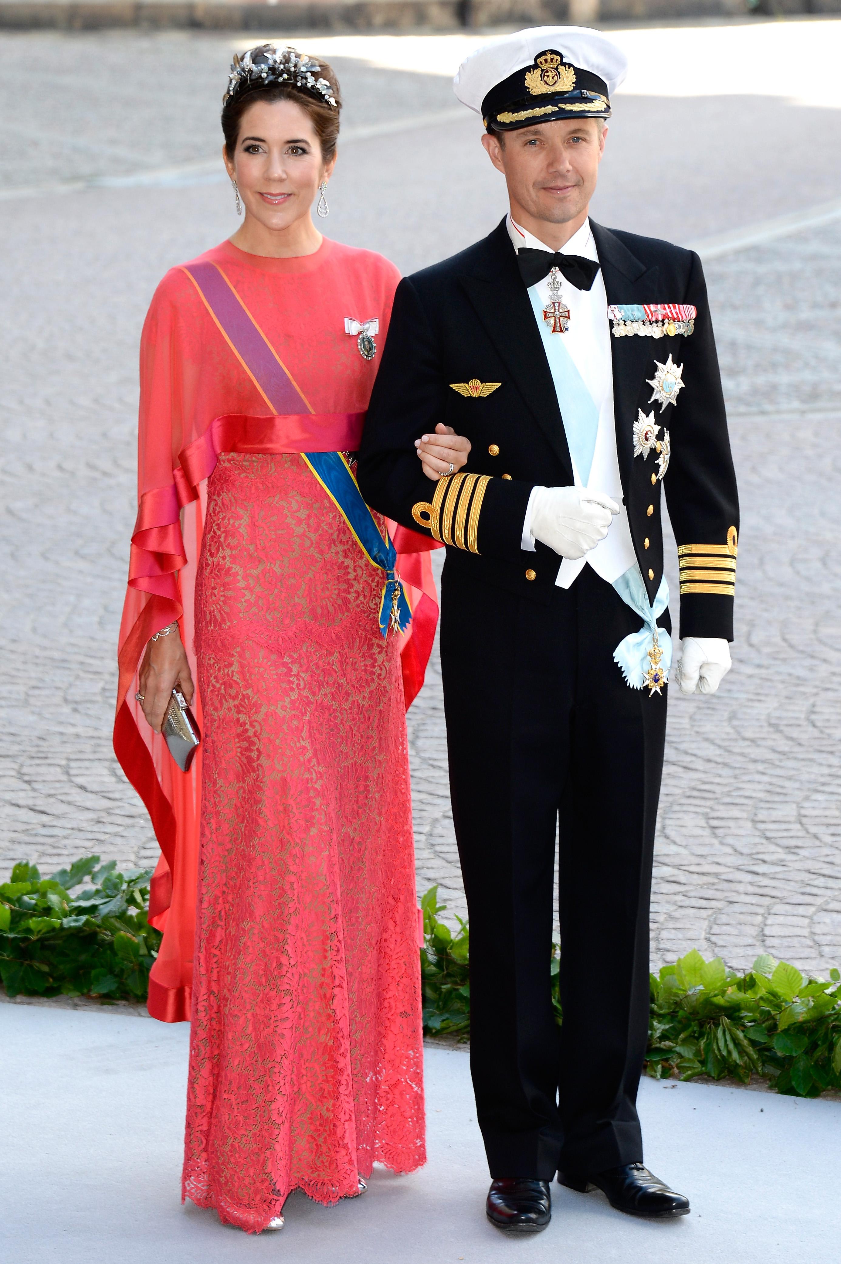 Royal Wedding Princess Madeleine Says I Do At Lavish Bash Emirates 24 7