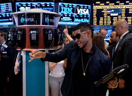 Usher Turns Wolf Of Wall Street Emirates 24 7