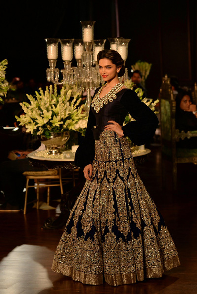 Deepika Padukone The Perfect Bollywood Bride Emirates 24 7
