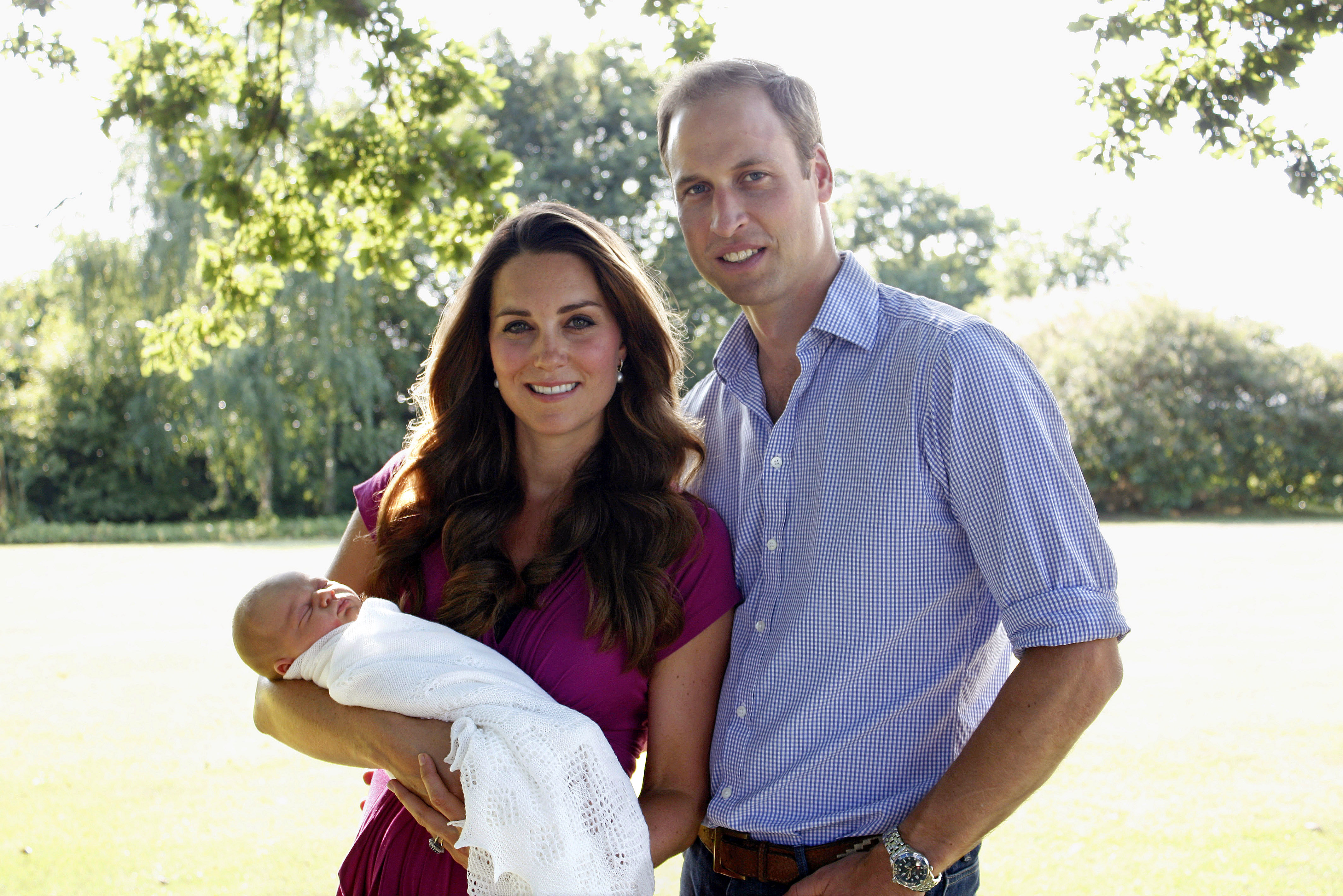 Royal Portrait Will Kate George And The Dog