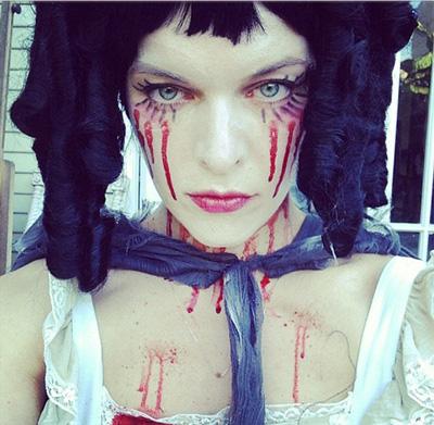 Star kids' Halloween s... Milla Jovovich Instagram
