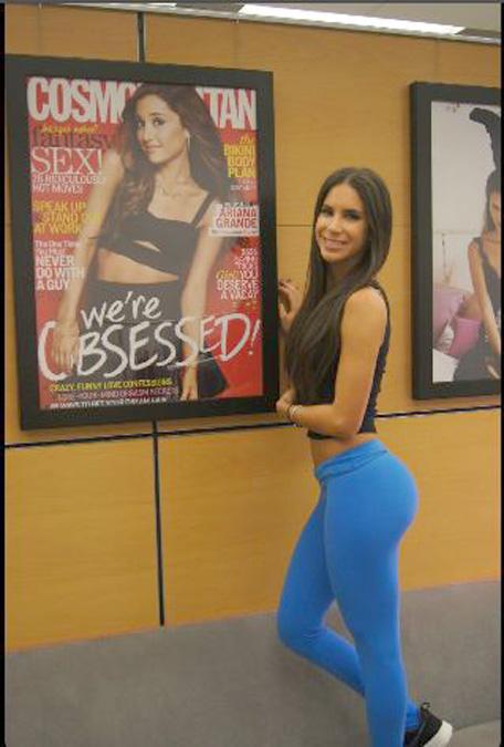 Jen Selter Vs Kim Kardashian S Battle Of The Selfies Who