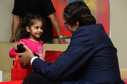 Following A Special U0027Milk And Cookiesu0027 Event Where 15 Lucky Children Were  To Share A Snack With Bachchan U2013 That Was Reduced To A Mere Photo Op U2013  Lucky ...