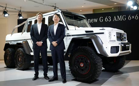 Forget 4x4 Here Is New 6x6 Mercedes Benz G63 Emirates24 7