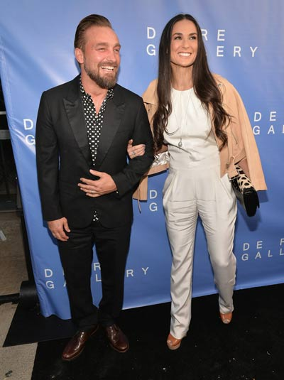 Age catching-up on Demi Moore? - Emirates24|7