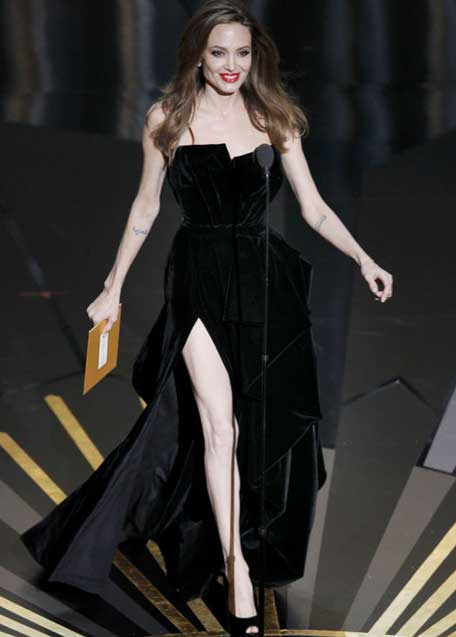 Met Gala 2014 Kim Kardashian S Slit Dress An Angelina