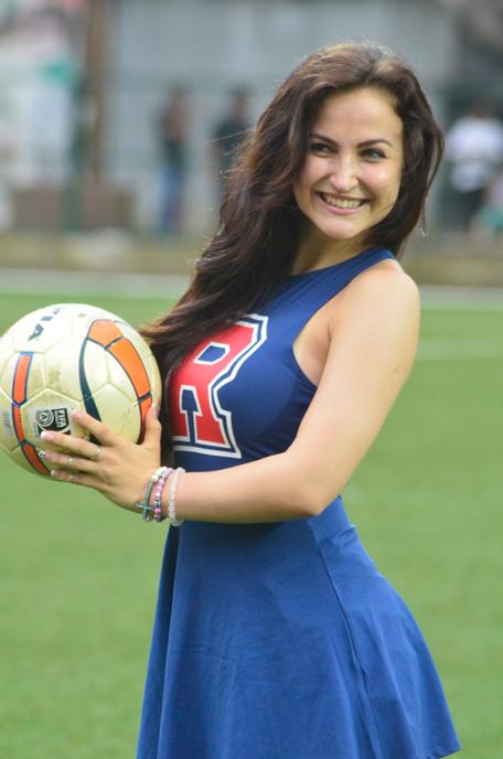 Big Boss star Elli Avram as football cheerleader ...