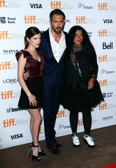 anna kendrick dating joe manganiello Joe manganiello poses for a photo with anna kendrick, showing support for her 'campaign' to play robin in ben affleck's the batman.