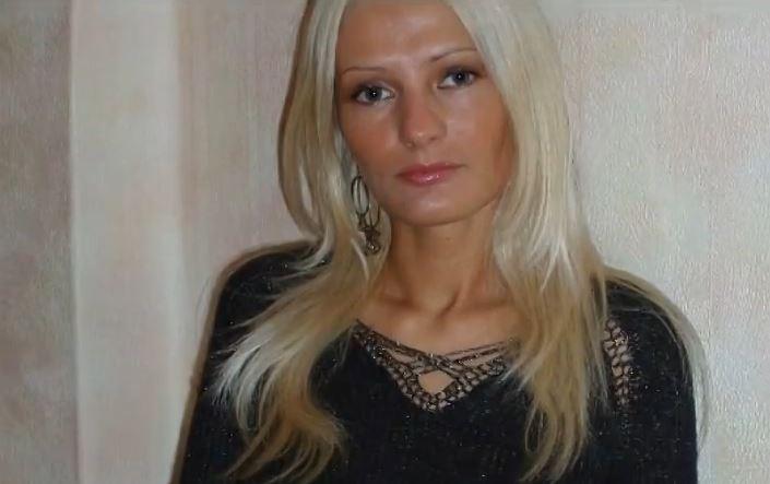 model Victoria wild