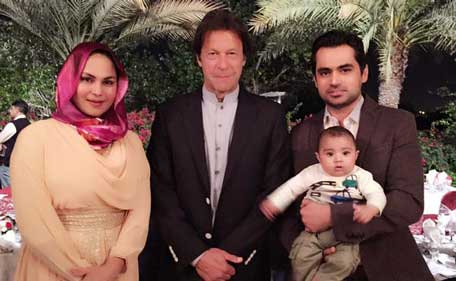Imran Khan, wife Reham in Dubai; poses with Veena Malik ...