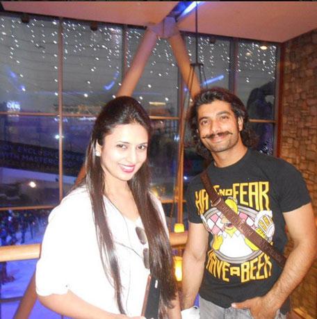Ssharad and Divyanka together in Dubai. (Instagram: Divyanka)
