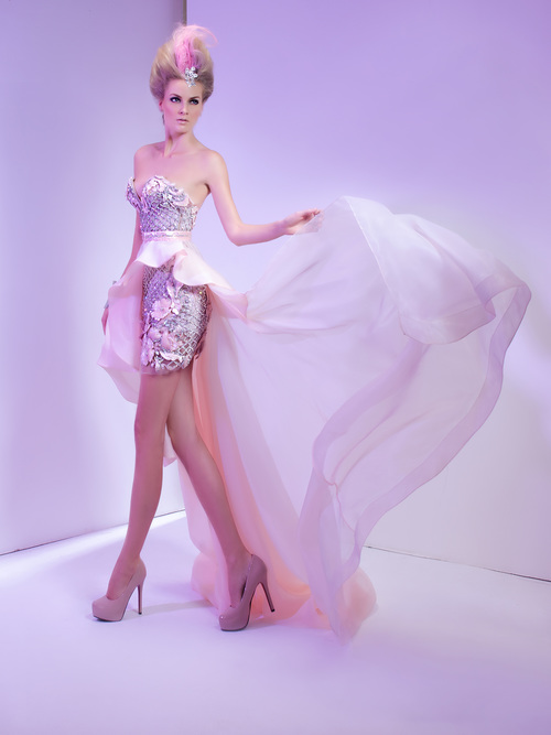Bali Fashion Fest Emirati Designer Storms Catwalk Lifestyle Emirates24 7