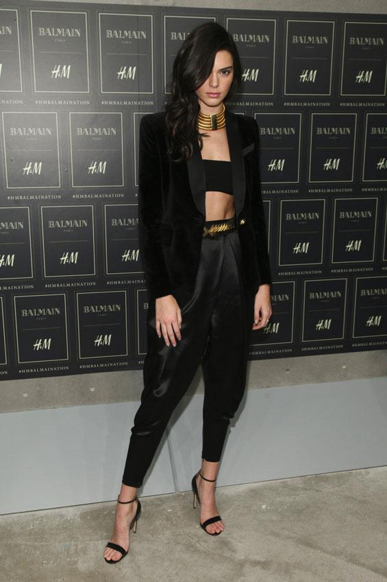 Rosie Huntington-Whiteley, Kendall Jenner Turn It On