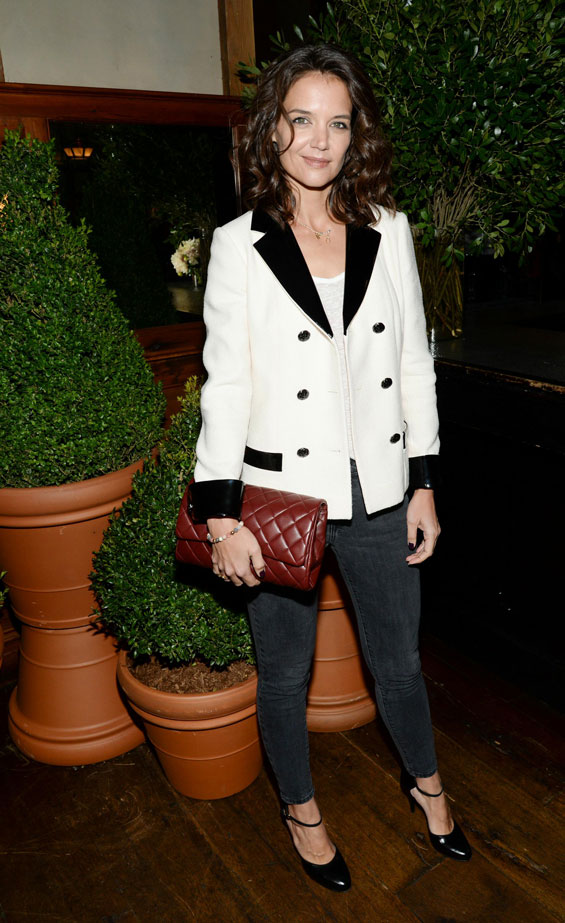 How to do casual, by Katie Holmes and Meg Ryan - Emirates24|7