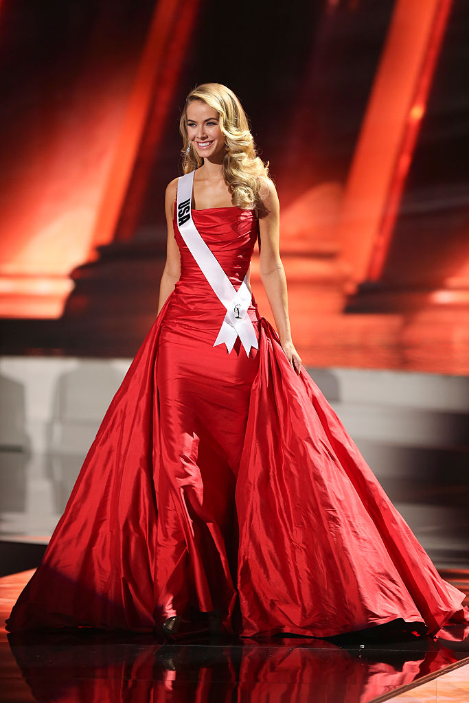 Miss Universe 2015: Evening gowns - Emirates 24|7