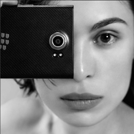 Blackberry priv coming to uae emirates 24 7 - Emirates camera ...