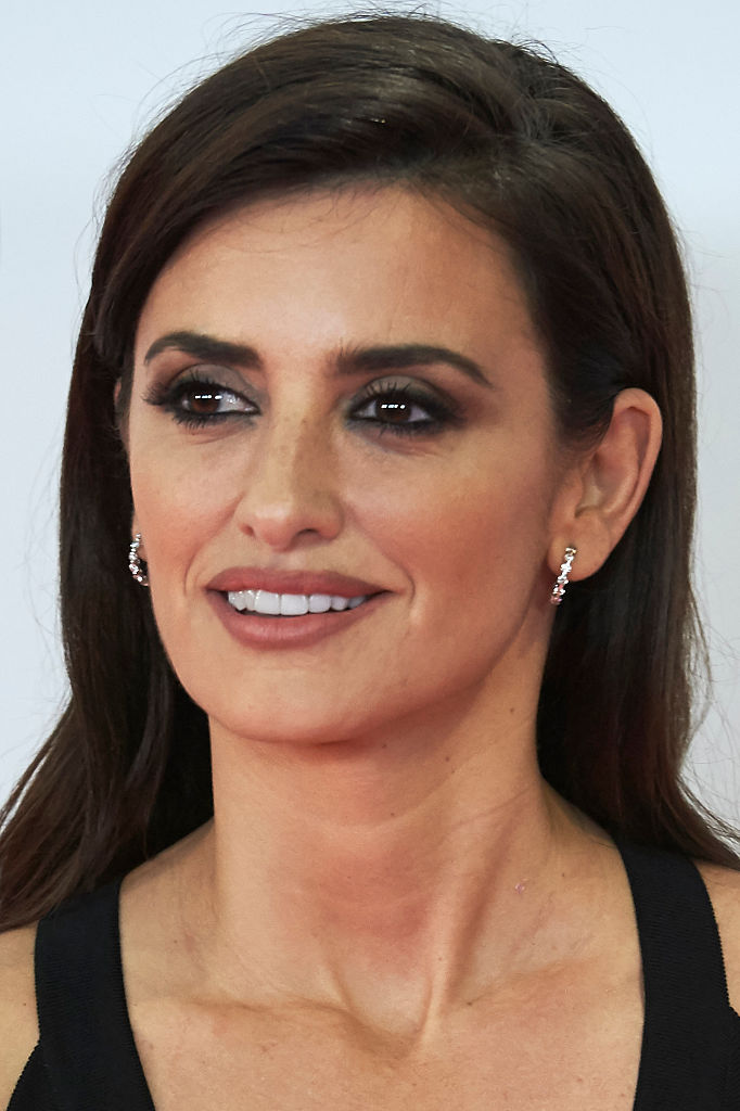 Penelope Cruz takes th... Penelope Cruz