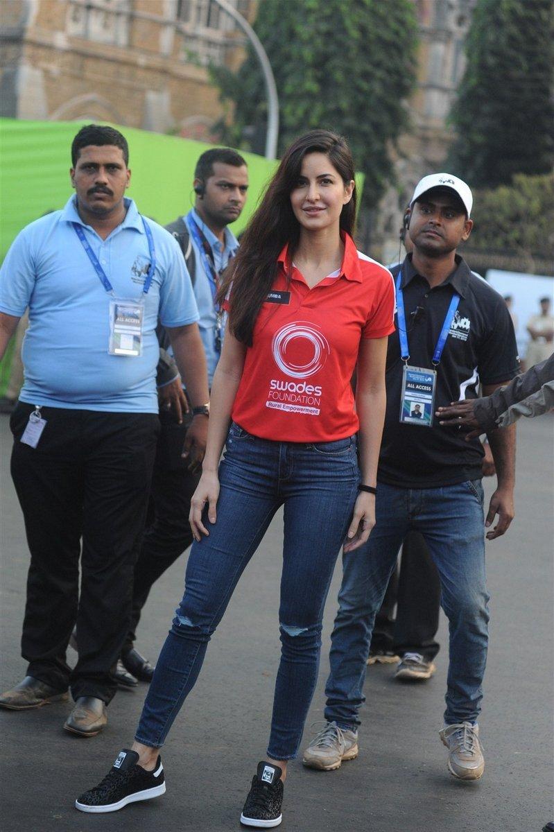 Katrina Kaif will be runnning SCMM 2017 - Standard Chartered Mumbai Marathon