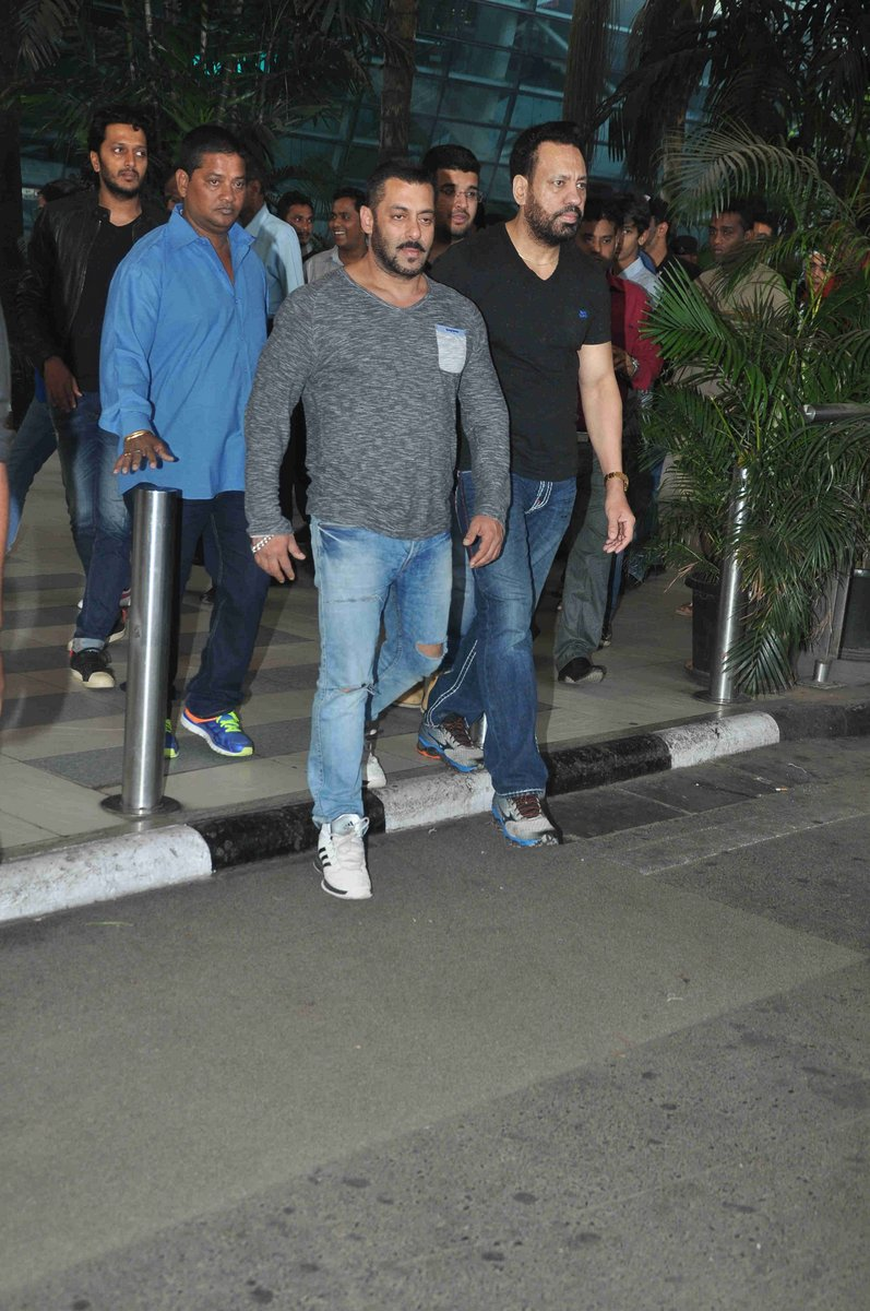 Mumbai Heroes Salman Khan Preity Zinta Emirates247