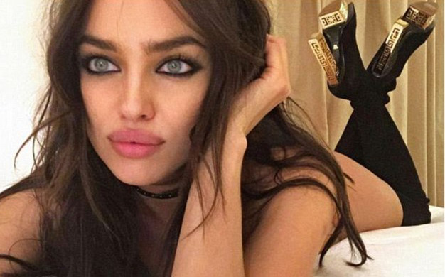 Boots in bed irina shayk relaxes emirates 24 7 - Selfie donne a letto ...
