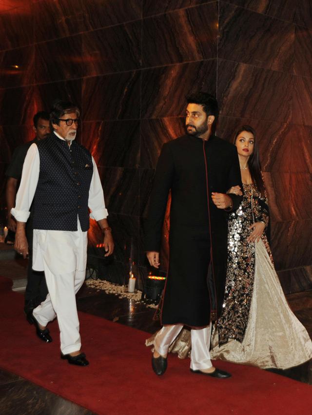 Aishwarya Rai Dazzles At Bipasha Basus Wedding Reception Emirates247