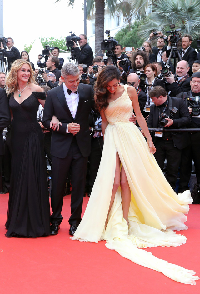 George Clooney S Wife Amal Struggles With Dress At Cannes