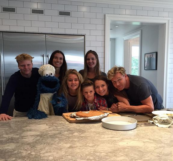 Gordon Ramsay's wife suffers miscarriage 5 months into