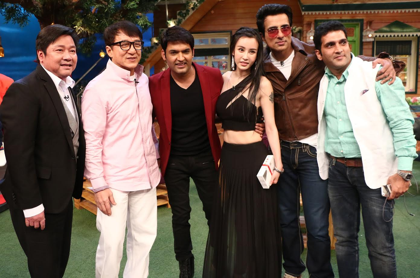 Jackie Chan and Sonu Sood on The Kapil Sharma Show - Emirates24|7