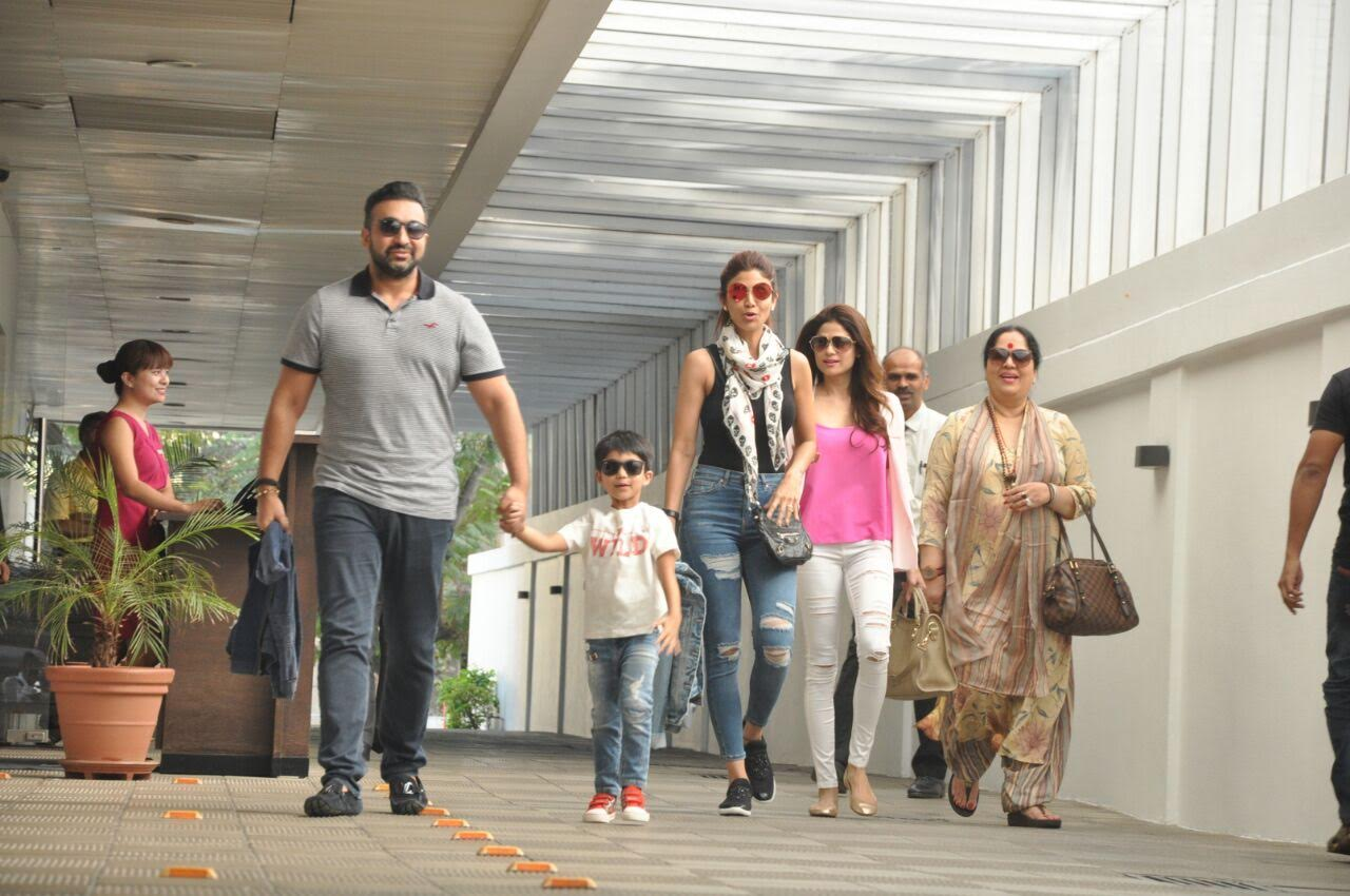 Bollywood buzz: Shilpa Shetty and family snapped post lunch