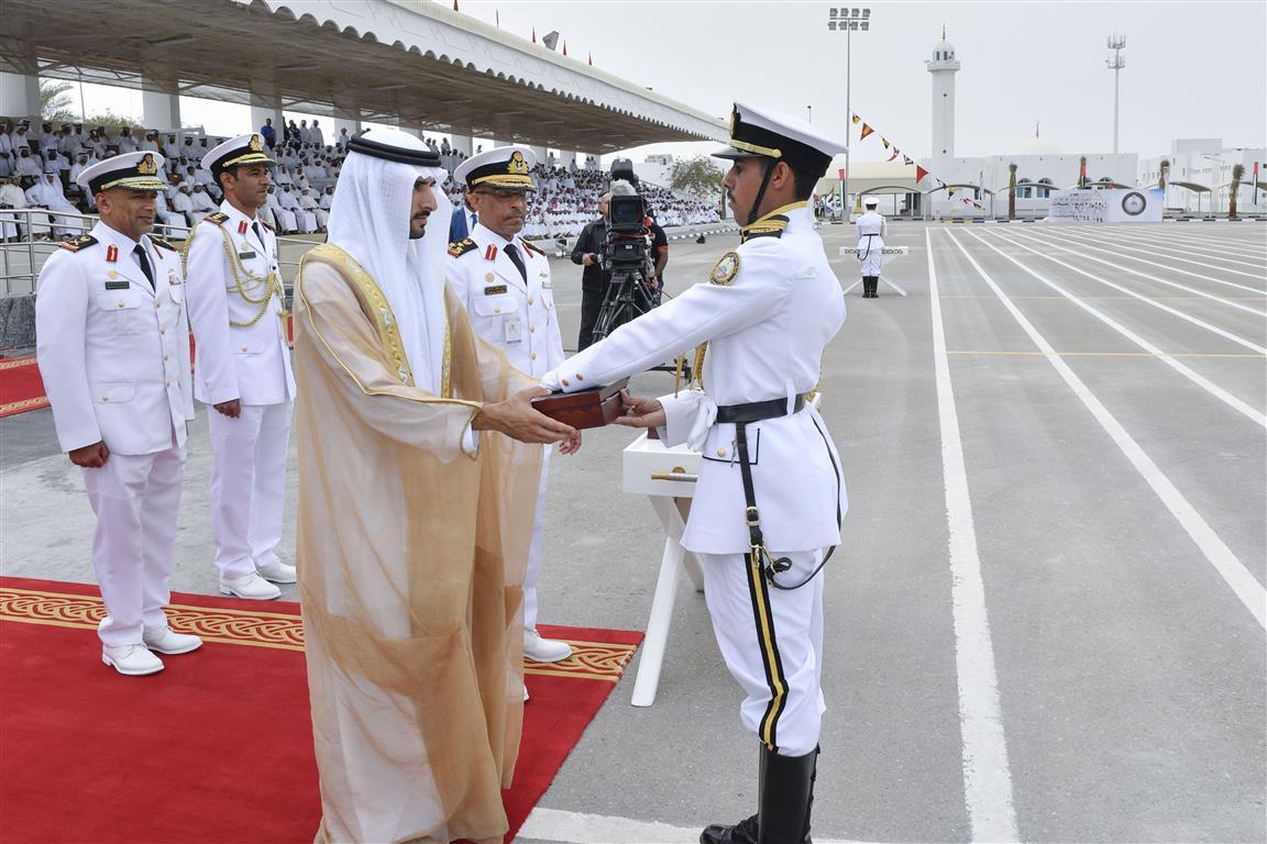 Dubai Crown Prince attends 17th graduation ceremony of