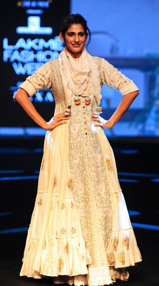 Lakme Fashion Week 2019 Aditya Roy Kapur Kareena Kapoor Lifestyle Emirates24 7