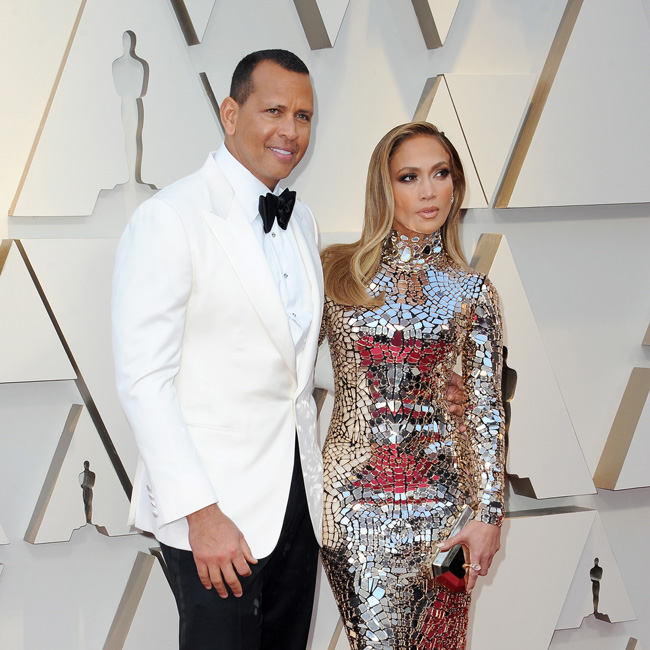 Jennifer Lopez engaged to former baseball player Alex Rodriguez