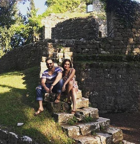 Priyanka-Nick spend romantic time at Joe-Sophie's wedding venue