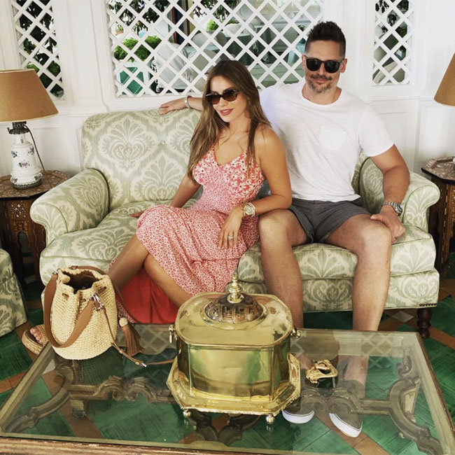 Sofia vergara og joe dating