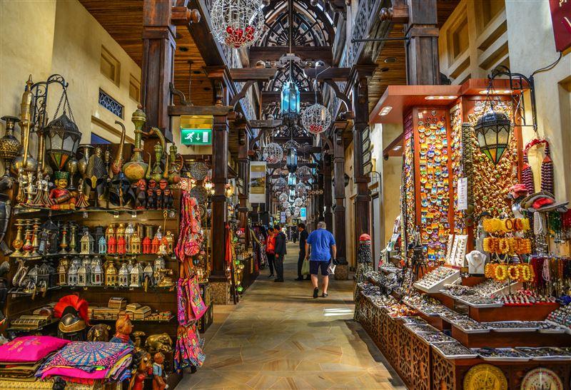 Dubai's souks offer a glimpse into the past - Lifestyle - Emirates24 7