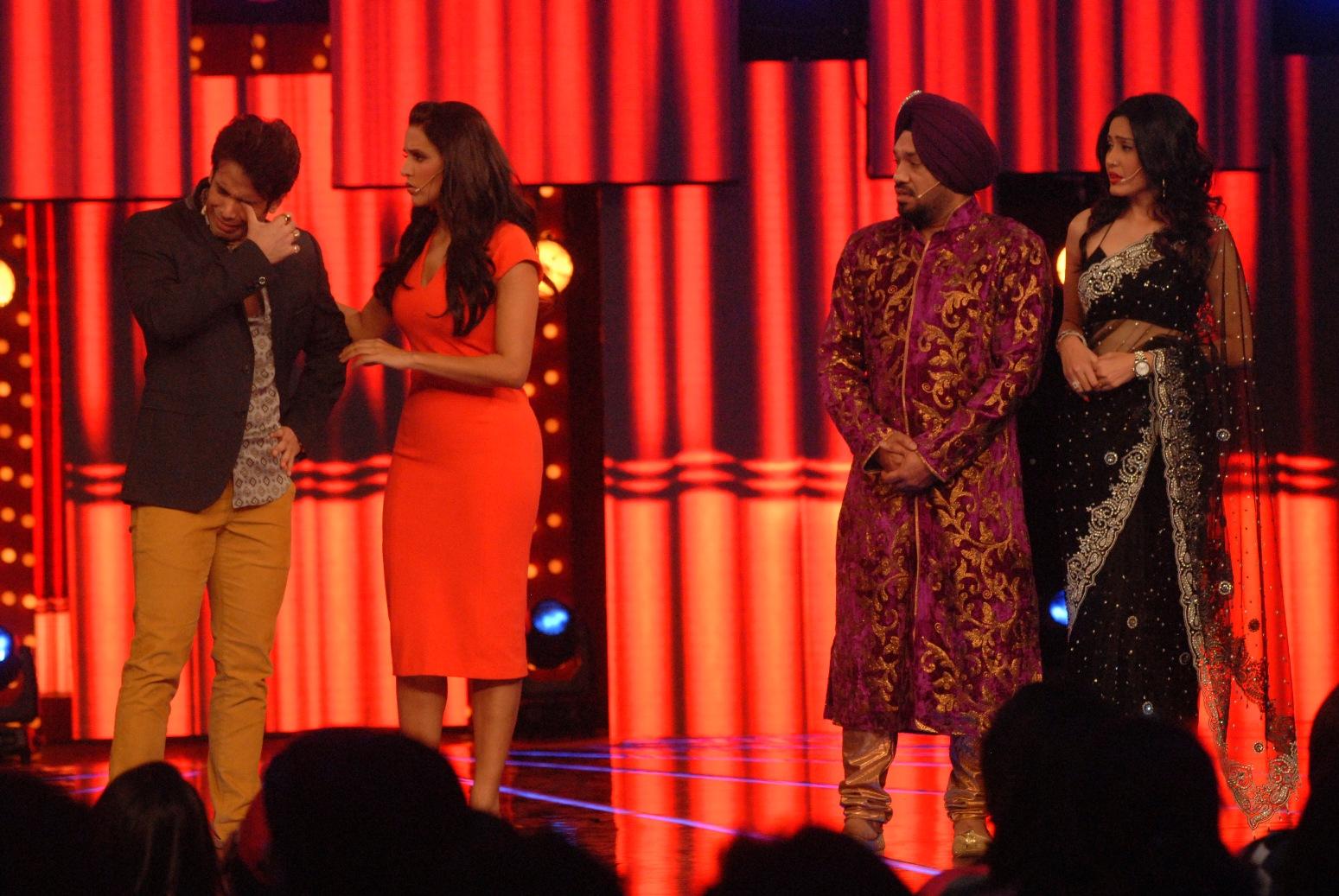 dress - Karwal Vishal in bigg boss-6 video